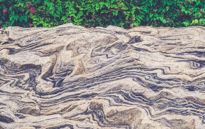 piedra-natural-en-construcción