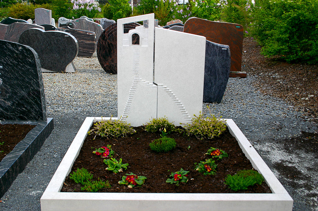 Herterich Grabsteine Grabgestaltung Natursteine Steinmetz
