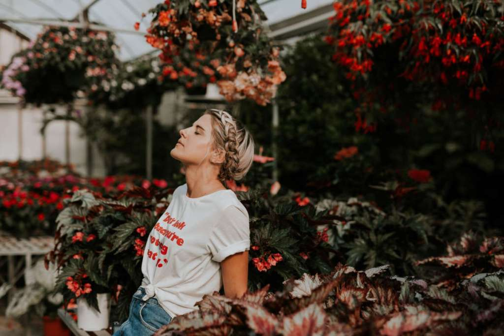 6 Mental Health Benefits and Life Lessons You Gain From Gardening