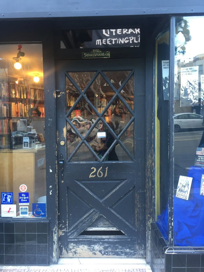 City_Lights_Bookstore_entrance
