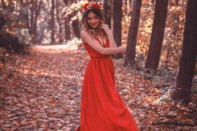 This Is Your Perfect Wedding Dress (Based On Your Zodiac Sign)