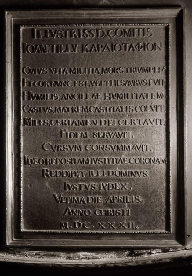 Bronzekardiotaph von Tilly in der Gnadenkapelle von Altötting