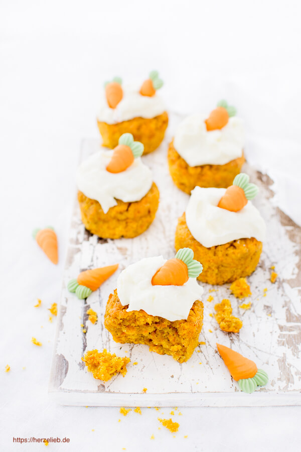 Mhrenkuchen Rezept  Kleine Kuchen aus der Muffinform