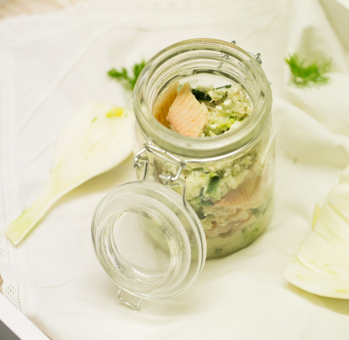 Gurken - Fenchel - Salat mit Räucherforelle