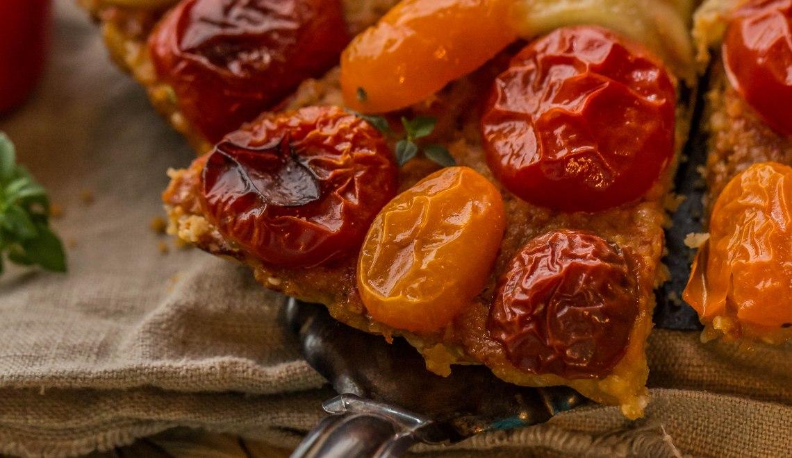 Parmesan-Tomatentarte mit roter Pesto (Zubereitung mit und ohne Thermomix®)