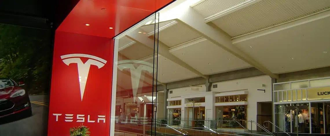 Custom-Structural-Metal-and-Glass-Showroom-Tesla-Bellevue-Square