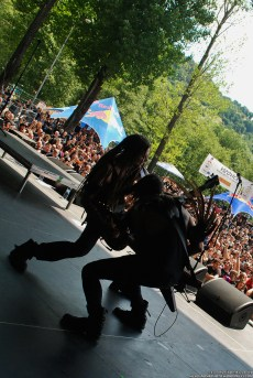 neonfly_masters_of_rock_2015_043