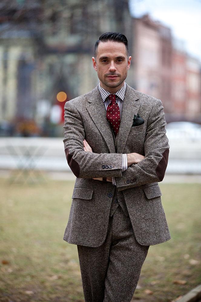 6 Ways to Wear a Brown Tweed Suit - He Spoke Style