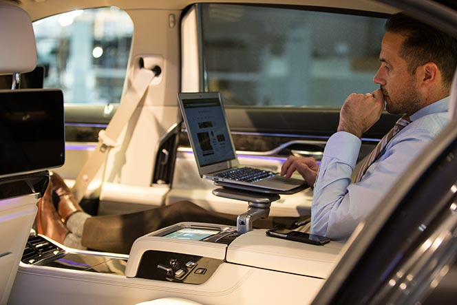 bmw-7-series-2016-features-review-executive-lounge-comfort-well-being