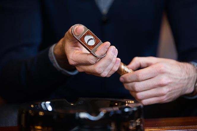 how to cut a cigar straight cut