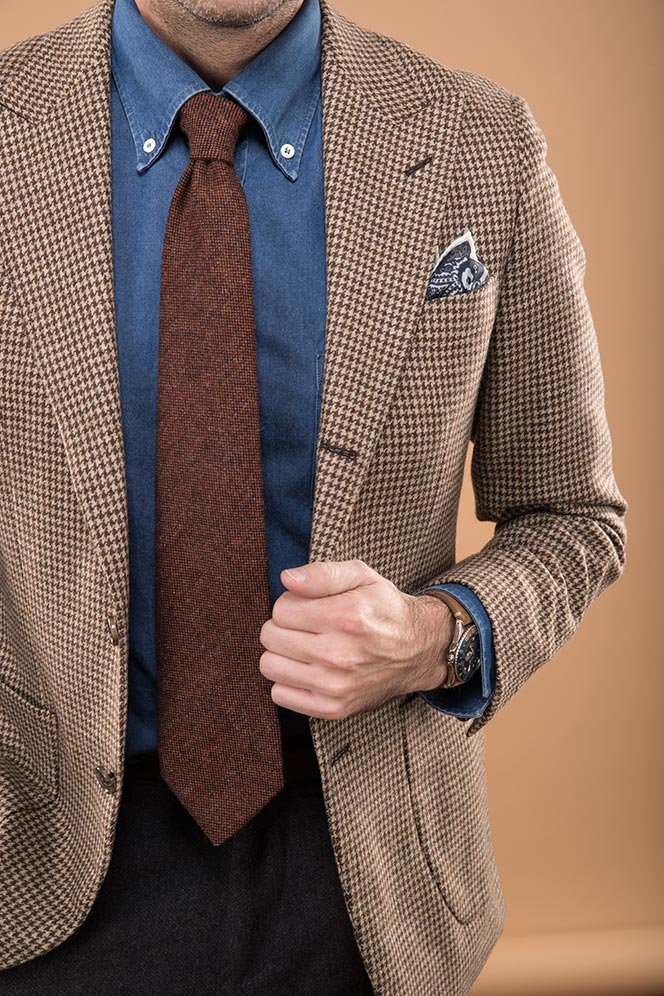 brown-houndstooth-blazer-denim-shirt-rust-colored-tie-rolex-gmt-master-1675-distressed-leather-strap-2