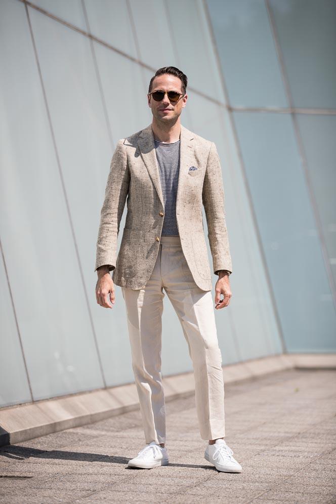 blazer t shirt combination
