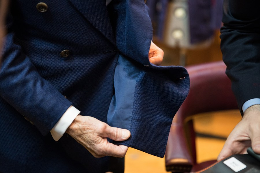 what-jacket-lining-with-navy-blue-suit-for-men