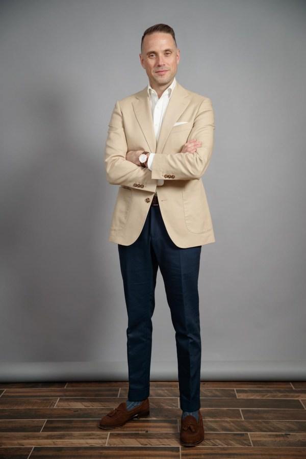 khaki blazer combinations 2021
