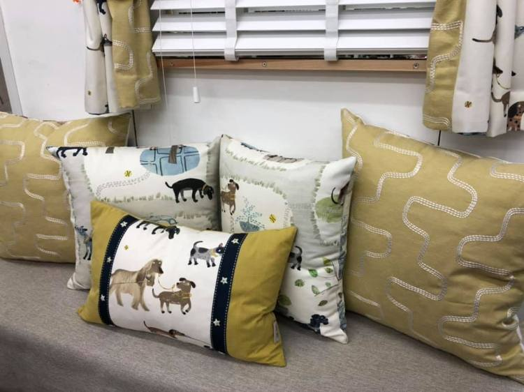 sample cushions display