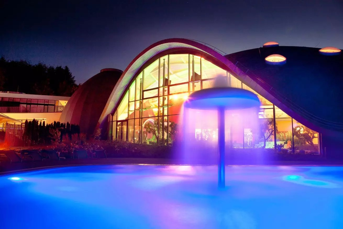 Wellness In Wiesbaden Thermal Spas And Leisure Pools. Hessen Tourismus