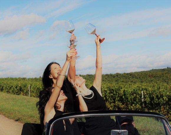Weinproben für Frauen Wein genießen in der Nähe von Bed & WIne in Hessigheim.