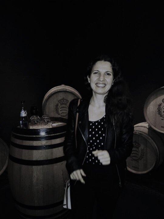Sommeliere Isabel Gil im Weingut Herzog von Wuerttemberg