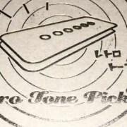 """ピックアップをRetroTonePickups P-90JM""""The Egg"""" に換装しました"""