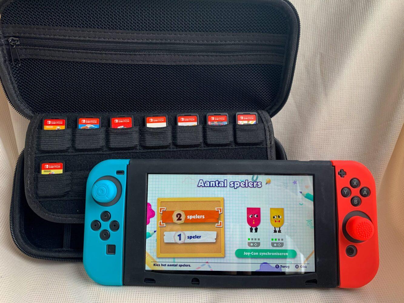 Het Gezinsleven - Gezinsactiviteiten - Speelgoed - Bescherm case voor de Nintendo Switch (je kunt hierin ook je game cards bewaren)