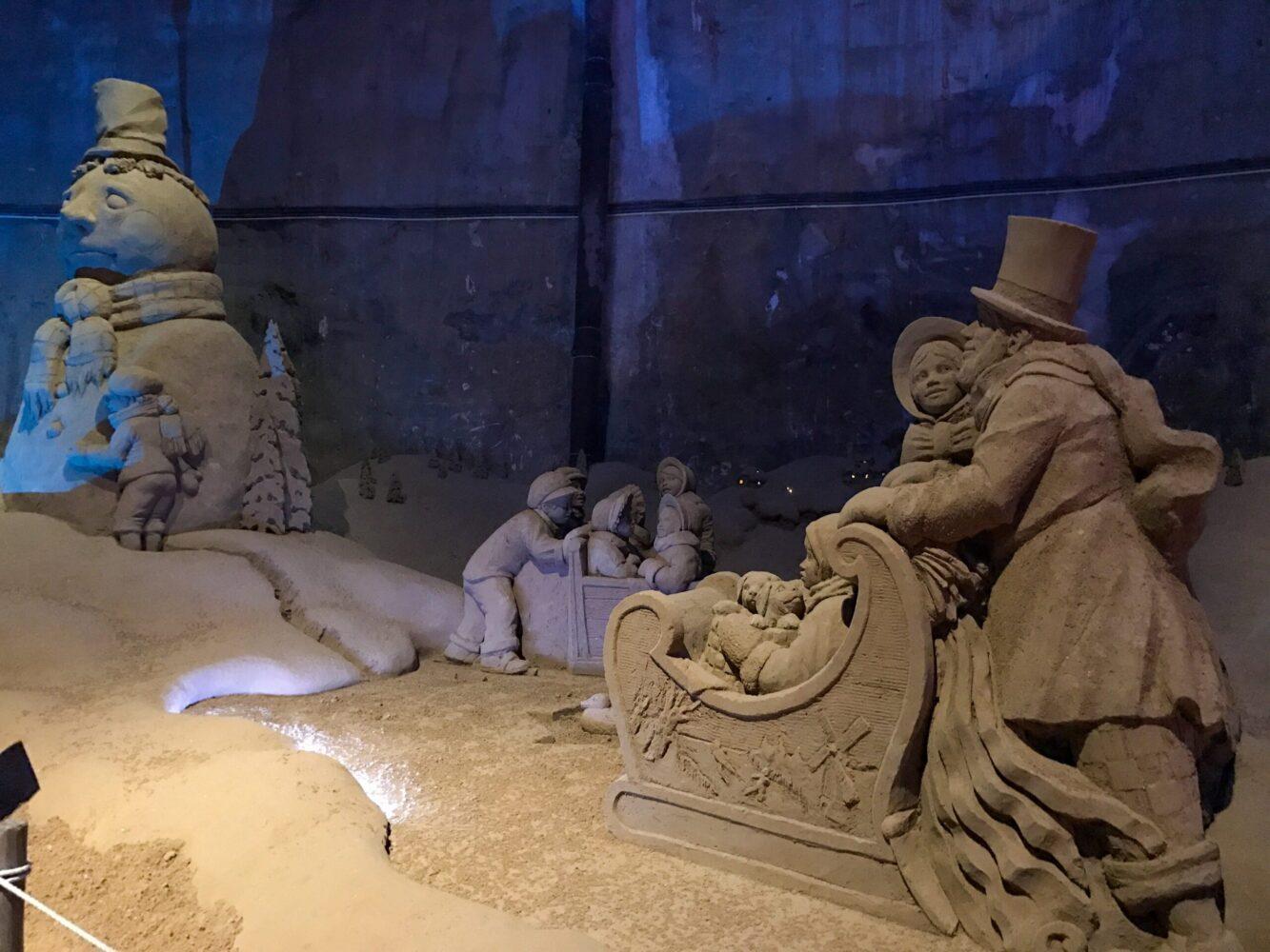 Het Gezinsleven - Uitstapjes - Bezienswaardigheden - Top 10 Bezienswaardigheden in Limburg - De grotten in Valkenburg, zandsculpturen