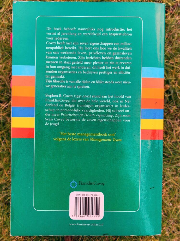 Het Gezinsleven - Lifestyle - Hobby's - Persoonlijke ontwikkeling, boeken top 5 - Achterkant boek De zeven eigenschappen van effectief leiderschap