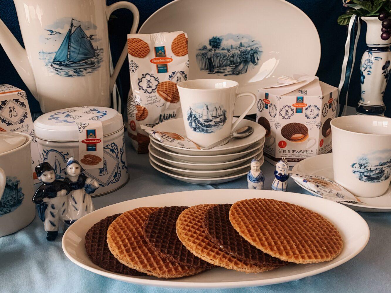 Het Gezinsleven - Lifestyle - koken en recepten - De lekkerste stroopwafels - Stroopwafels presenteren