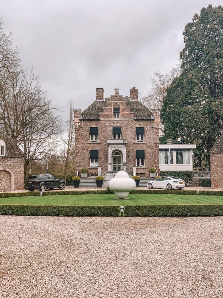 Het Gezinsleven - Uitstapjes - Bezienswaardigheden in Roermond - Nationaal Herdenkingspark: Kasteeltje Hattem
