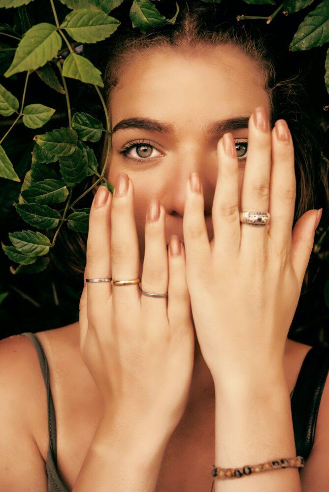 Het Gezinsleven - Lifestyle - Hobby's - Thuis je nagels verzorgen zoals in een salon! - Natuurlijke kleur nagellak