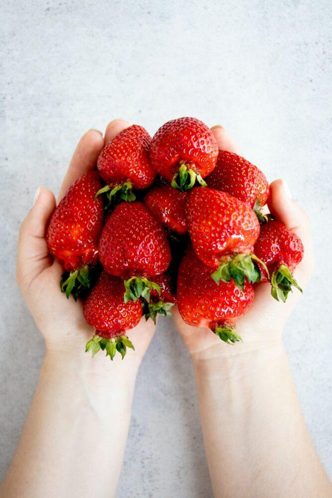 Het Gezinsleven - Lifestyle - Koken en recepten - 10x water met een smaakje recepten! - Verse aardbeien