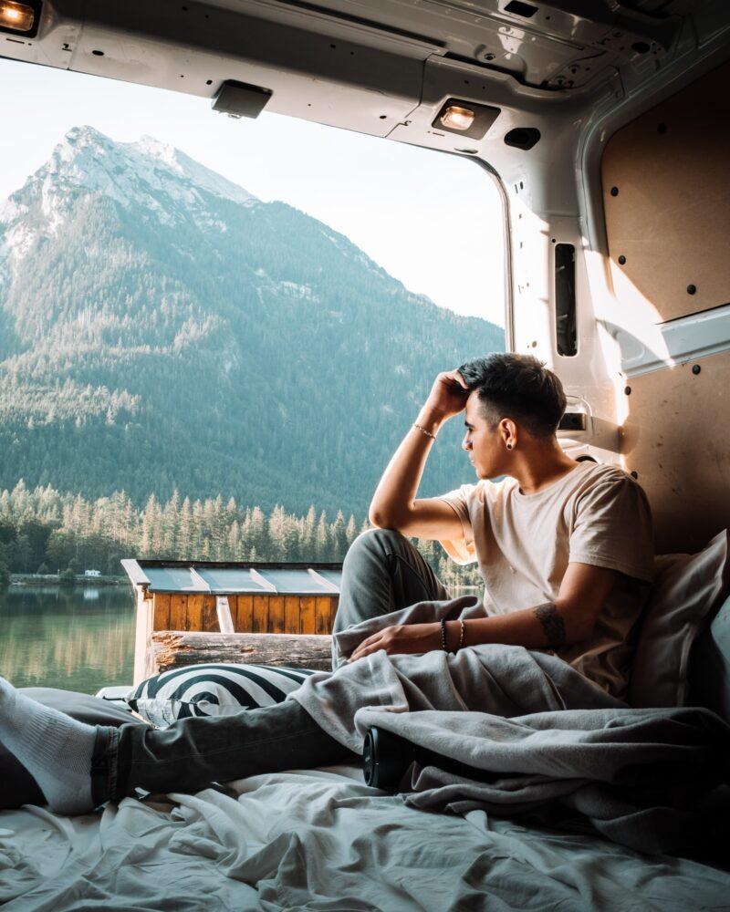 Het Gezinsleven - Vakantie - Autovakantie - 10 tips voor als je voor het eerst gaat kamperen - Genieten van het uitzicht