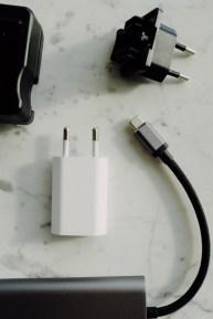 câbles et chargeurs une catégorie d'objets à trier rapidement
