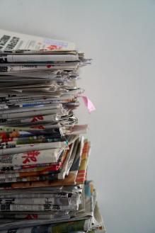 journaux et magazines trier et jeter