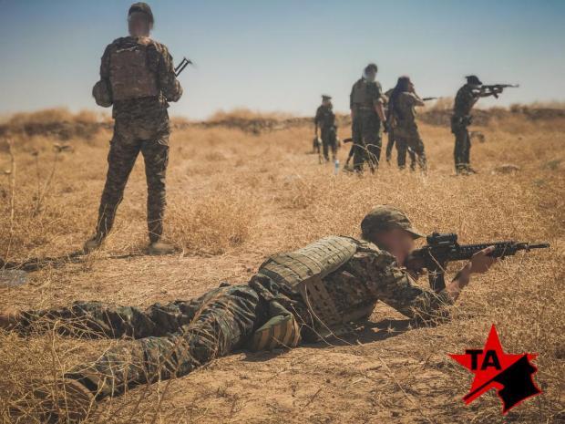 Бойцы «Анархистской борьбы» на учебных стрельбах