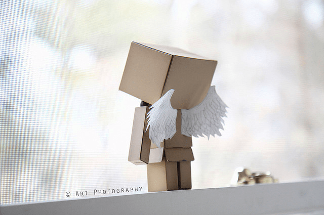 Cute Amazon Box Robot Wallpaper Cardboard Box People Pictures Hevx S Blog