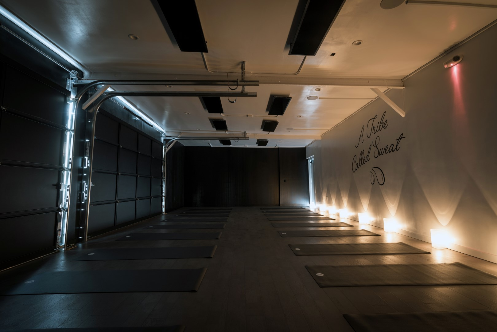 Y7 Yoga Studio (Los Angeles, California)