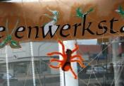 eine gefilzte Spinne - solche machen wir dieses Jahr im Halloweenworkshop