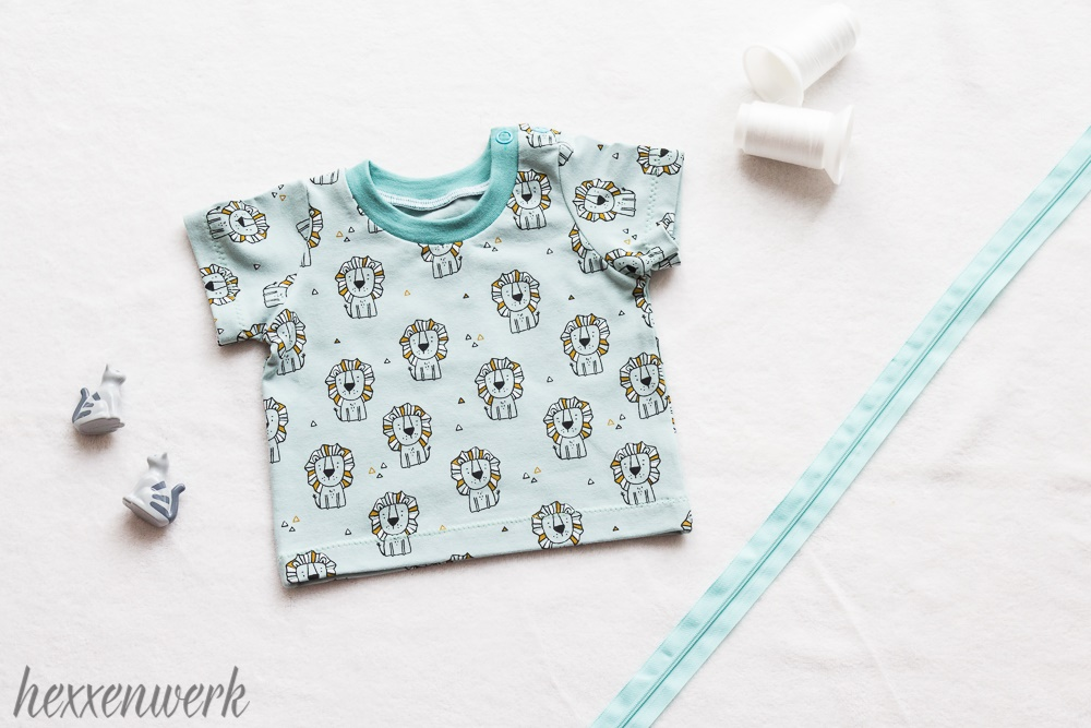 baby t shirt in mint mit babylöwen