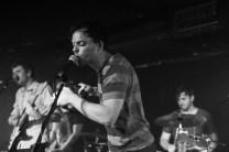 Pete singing
