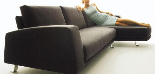 ドイツ風コーデで重要視するソファとその周辺家具紹介