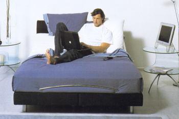 リクライニングベッドを配置した自分だけのくつろぎコーデ