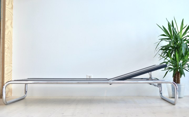 Roger Aubort Tubular Steel Daybed by Embru