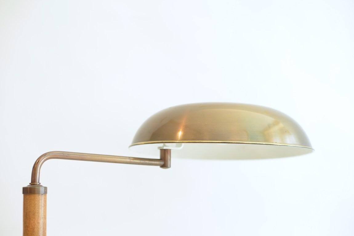 Quick 1500 Lamp Alfred Mueller Amba Switzerland Lamp Brass and Walnut