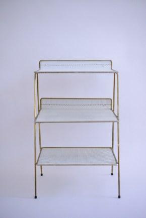 Plated Brass Magazine Rack with White Shelves heyday möbel moebel Zürich Zurich Binz