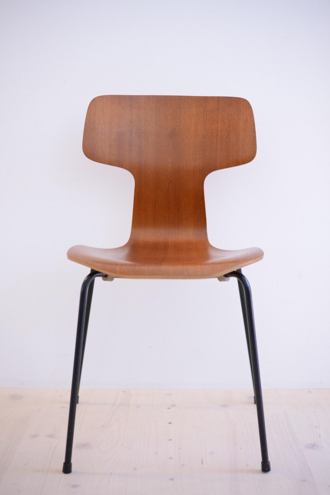 Arne Jacobsen Teak Chair 3103 Fritz Hansen Denmark 1960s Hammer Chair heyday möbel moebel Zürich Zurich Binz