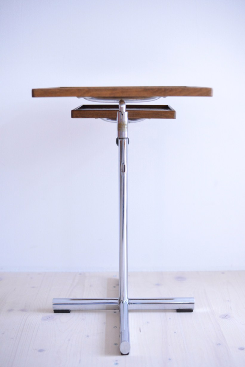 Articulated Occasional Table Francois Caruelle Walnut and Chrome Embru Werke Switzerland 1940s heyday möbel moebel Binz Zürich Zurich