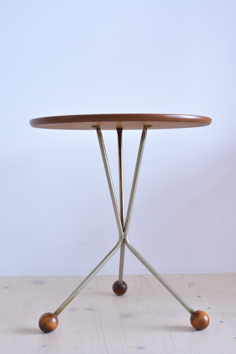 Teak Tripod Coffee Table by Albert Larson for Tibro heyday möbel moebel Zürich Zurich