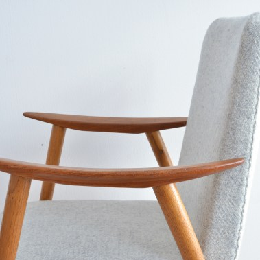 Teak and Oak Lounge Chair Swedish heyday möbel moebel Zurich Zürich Binz Altstetten mid-century vintage
