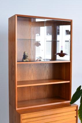 Cado Bookshelf with Sliding Doors heyday möbel Zürich Binz