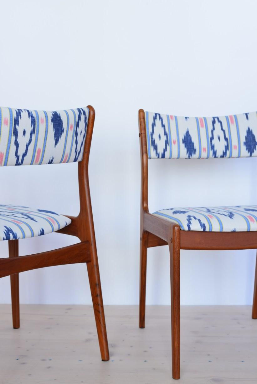 Pair of Teak Dining Chairs Reupholstered heyday möbel Zürich Switzerland